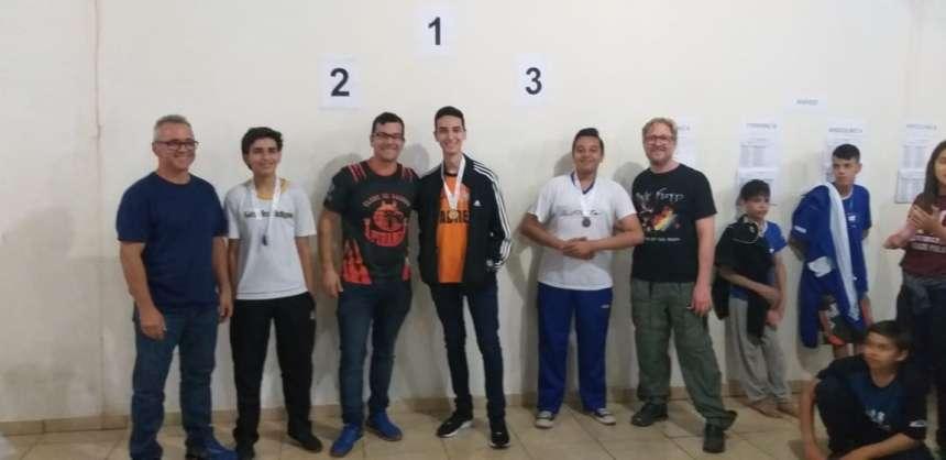 Aluno do Colégio São Francisco Xavier é campeão de Xadrez nos Jogos Escolares do Paraná